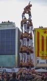 REUS, ESPAÑA - 23 DE ABRIL DE 2017: Funcionamiento de Castells fotos de archivo libres de regalías