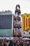 REUS, ESPAÑA - 23 DE ABRIL DE 2017: Funcionamiento de Castells imagen de archivo