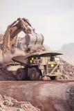 Reusachtig Graafwerktuig mijnbouw Stock Foto's