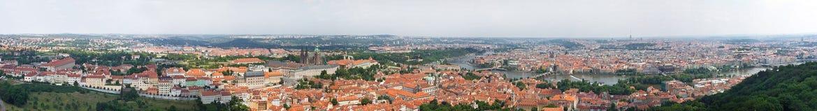 Reusachtig panorama 360 van Praag Stock Foto's