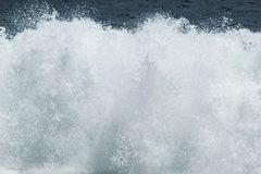Reusachtige Verpletterende Golven stock foto