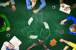 A reutilização recicla o ambiente da ecologia vai conceito verde da reunião Imagens de Stock Royalty Free