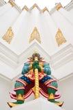 Reuze beschermerstandbeeld in Thaise stijl Stock Foto's
