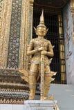 Reuze standbeeld. Stock Afbeeldingen