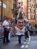 Reuzen en grote hoofden in Bilbao stock afbeelding
