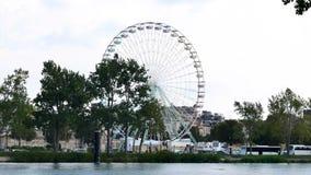 Reuzenrad in Avignon, Frankrijk stock footage