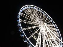 Reuzenrad bij nacht in Gdansk, Polen Stock Foto's