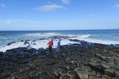 Reuzeverhoogde weg in Noord-Ierland Royalty-vrije Stock Afbeeldingen