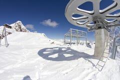 Reuzewiel vanaf de bovenkant van een skilift Royalty-vrije Stock Afbeeldingen