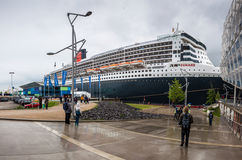 Revêtement d'océan transatlantique RMS Queen Mary 2 Photo stock