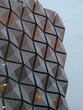 Revêtement en métal sur le bâtiment photo libre de droits