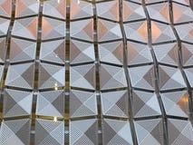 Revêtement en métal sur le bâtiment photos stock