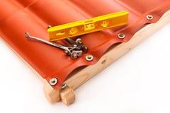 Revêtement en plastique du polycarbonate sous forme de toit carrelé Images stock