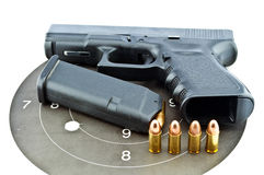 revólver de 9 milímetros automático Imagem de Stock
