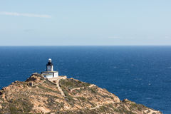 Revellatavuurtoren dichtbij Calvi in Corsica stock foto