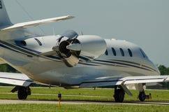 Reverser ώθησης αεροσκαφών στη δράση στοκ εικόνα