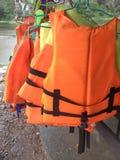 Revestimento de vida do dispositivo de segurança da flutuação da manutenção das funções vitais, veste de vida, veste do trabalho, fotografia de stock