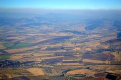 Revestimento preto sobre uma paisagem bonita Fotografia de Stock Royalty Free