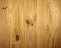 Revestimiento de madera de la pared del pino Fotos de archivo