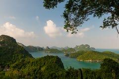 Revestimiento del wua TA de Ko en parque marino nacional del angthong del ko de MU fotografía de archivo libre de regalías