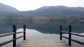 Revine See an einem bewölkten Tag stockbild