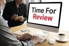 revise el concepto del negocio del tiempo, hora para el comentario, té del negocio foto de archivo libre de regalías