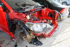 Revise el motor del coche viejo fotos de archivo