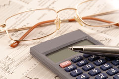 Revisión de la información financiera Imagen de archivo