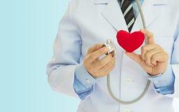 Revisión médica del corazón Imagen de archivo libre de regalías