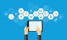 Revisión médica en línea en dispositivo de la tableta libre illustration