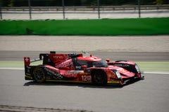Revolt som springer det R-One AERs LMP1 provet på Monza Royaltyfria Foton