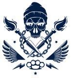Revoluci?n y emblema o logotipo travieso del alboroto con el cr?neo agresivo, las armas y diversos elementos del dise?o, tatuaje  stock de ilustración