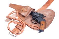Revolver russo Nagant in una custodia per armi Immagini Stock Libere da Diritti