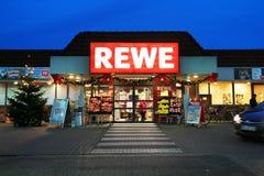 REWE-supermarket Fotografering för Bildbyråer