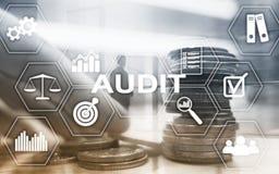Rewizji bankowość Finansowy pojęcie Dwoisty ujawnienie Ukuwa nazwę Pieniężnego i Biznesowego tło obrazy stock