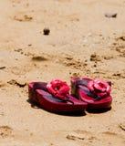 Rewolucjonistka buty na plaży Fotografia Stock