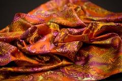 Rewolucjonistka, kolor żółty, pomarańcze oferta barwił tkaninę, elegancja pluskoczący materiał Zdjęcia Stock