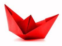 Rewolucjonistka papieru statek, origami żagla łódź odizolowywająca na białym tle Zdjęcie Stock