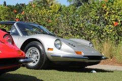 Rewolucjonistka srebny Ferrari Dino uszeregowywał 01 Fotografia Stock