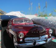 Rewolucjonistka zabawkarski samochód w świetle słonecznym Obrazy Stock
