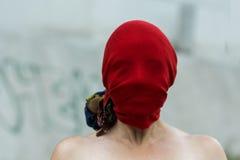 Rewolucjonistka zakrywająca głowa Obraz Stock