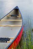 Rewolucjonistki czółno na jeziorze Fotografia Stock
