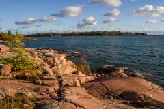 Rewolucjonistki skała przy Gruzińską zatoką Ontario Kanada Obraz Royalty Free