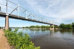 Rewolucjonistki skrzydła most nad Missippi rzeką Zdjęcie Royalty Free