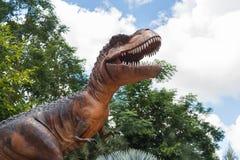 Rex di tirannosauro al museo di Sirindhorn, Kalasin, Tailandia Fotografia Stock Libera da Diritti