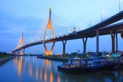 Rey Bridge del puente de cuerda Imágenes de archivo libres de regalías