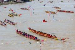 Rey largo tradicional Cup de los barcos de Tailandia de la competencia Foto de archivo libre de regalías