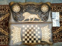 Rey ORIGINAL del león del backgammon fotos de archivo