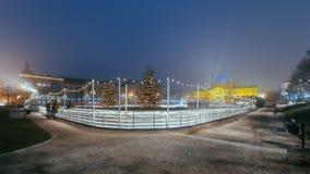 Rey Tomislav Square en Zagreb Croatia, mercado de la Navidad con Foto de archivo libre de regalías