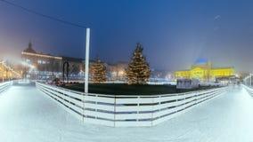Rey Tomislav Square en Zagreb Croatia, mercado de la Navidad con Imagen de archivo